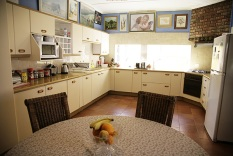 guesthouse_kitchen